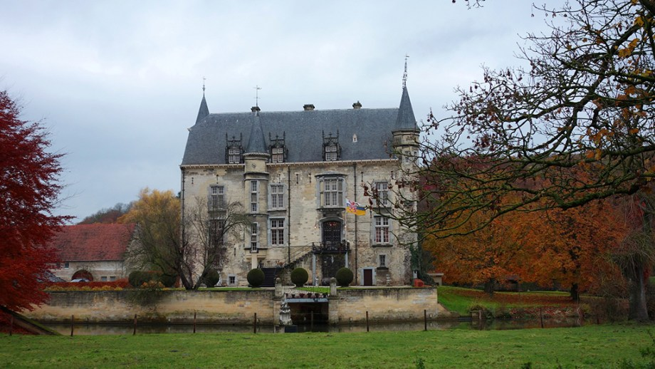 Top things to do in Valkenburg | Castles to visit in The Netherlands | Christmas market in Valkenburg | Attractions to visit in Valkenburg | Best accommodation in Valkenburg