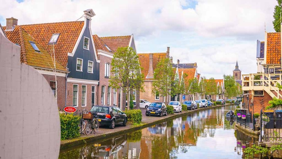 One of the most beautiful small towns of The Netherlands: De Rijp. Here you can see one of the canals and most beautiful streets of De Rijp and its traditional fishing houses.