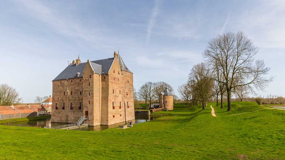Castle Slot Loevestein in Poederoijen, Woudrichem, Gelderland, Netherlands. Most famous castle of the Netherlands.