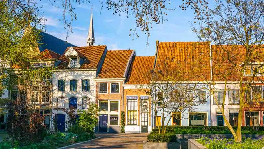 Beautiful streets and old, historic Dutch houses in Deventer, Overijssel, The Netherlands