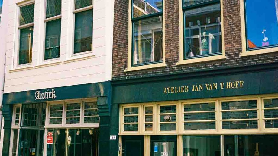 Antique shops in the town of Dordrecht, Zuid- Holland, The Netherlands