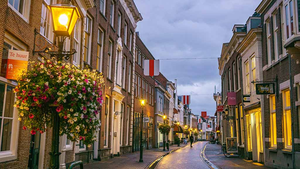 things to do in brielle in evening south zuid holland netherlands