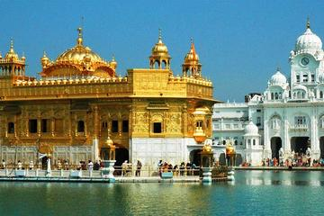 The Golden Temple And Wagah Border Revelry - A 3-Day Excursion To Amritsar From Delhi By Train