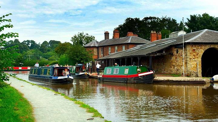 Canal basin Ellesmere North Shropshire