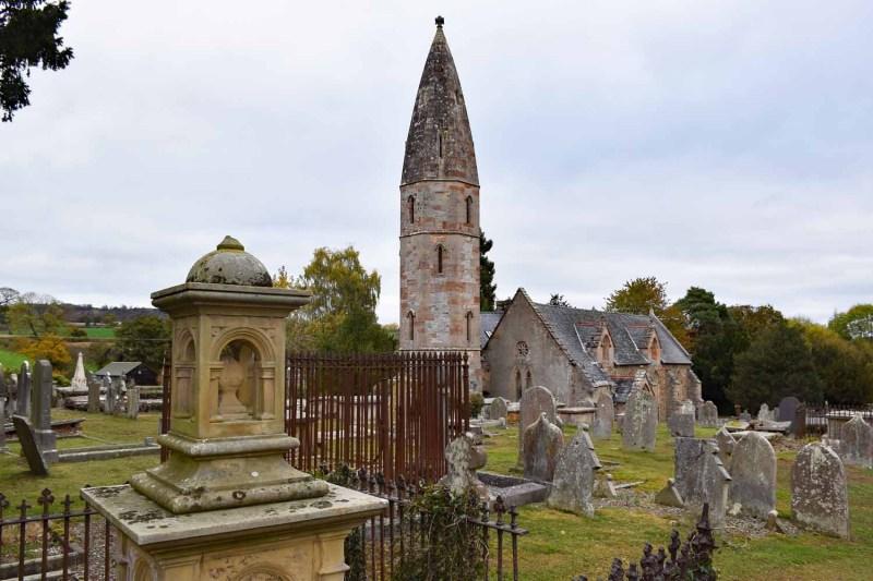 Graveyard at Llanyblodwel