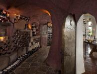 Cala di Volpe-La Cave Interior