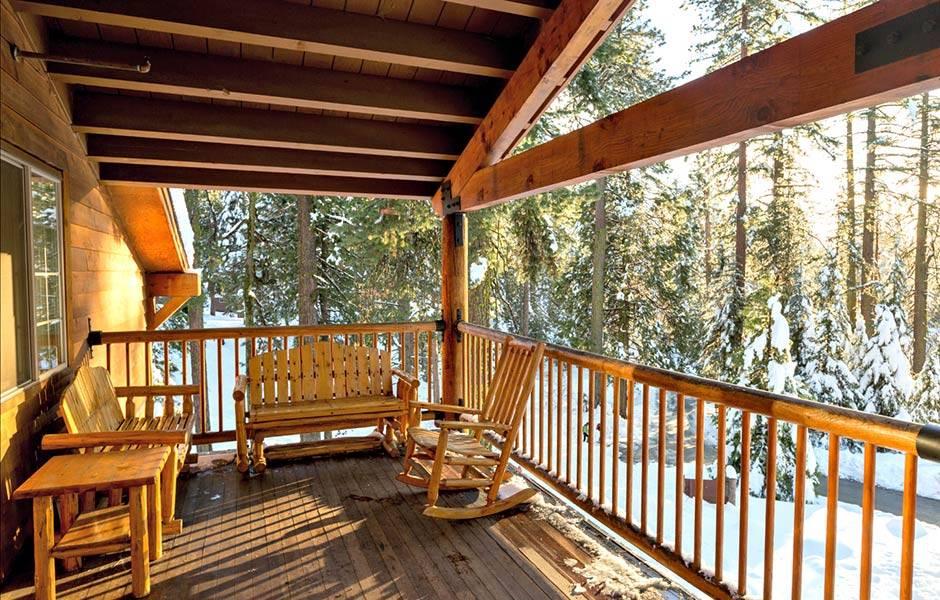 John Muir Lodge  Kings Canyon National Park Lodging