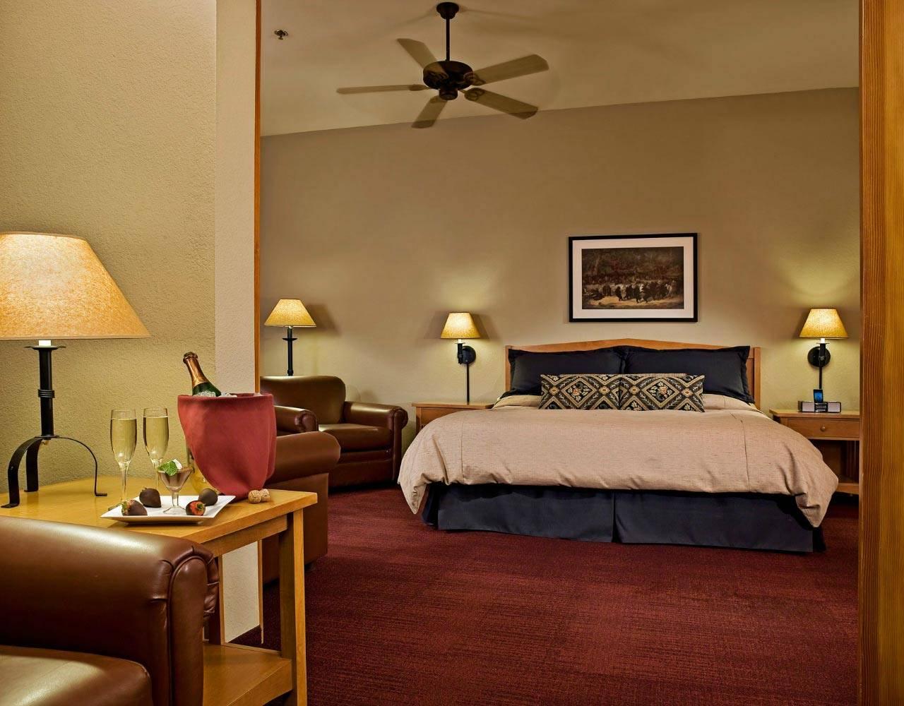 Wuksachi Lodge  Sequoia National Park Lodging  Hotels