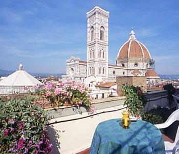 VisitsItalycom  Tuscany  Welcome to the Hotel Medici