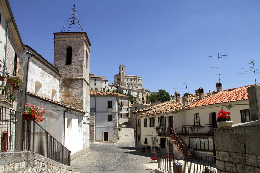 Borgo di Gamberale