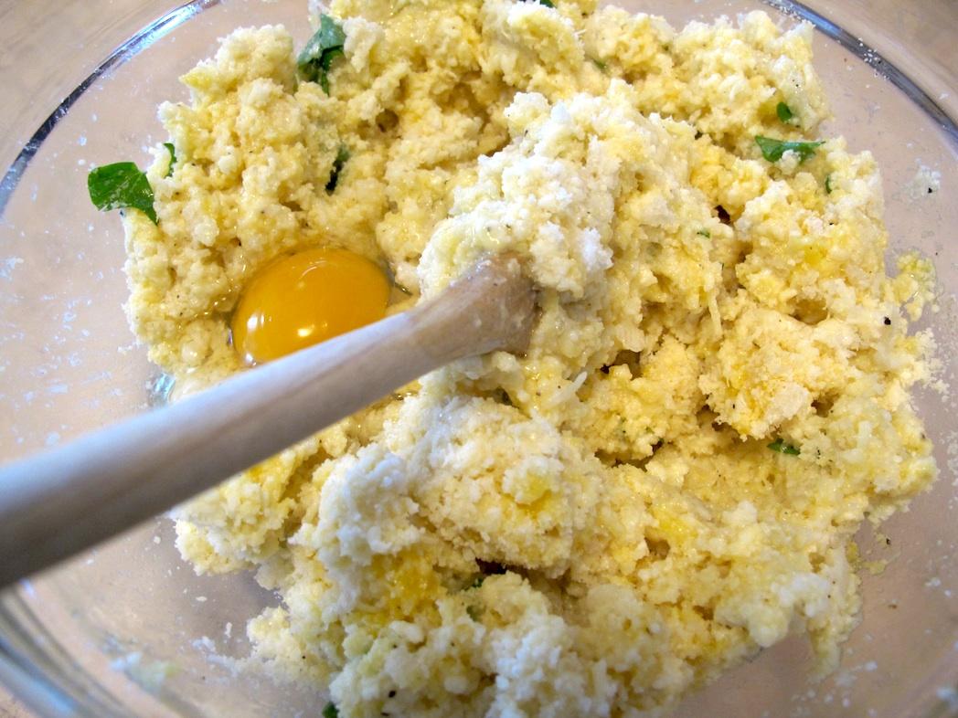 ricetta polpette cacio e uova