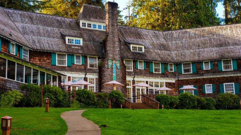 Lake Quinault Lodge, built in 1923 in Olympic National Forest