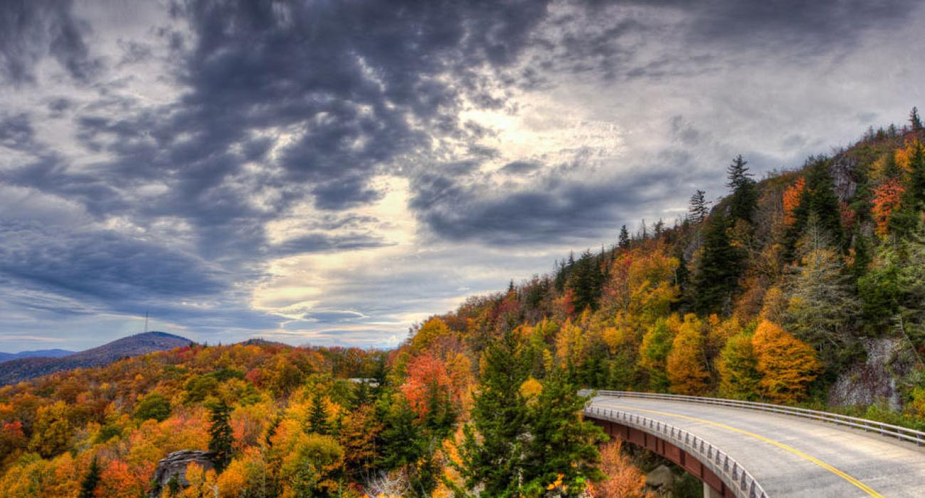 Smoky Mountains Fall Wallpaper Scenic Drives On The East Coast Blue Ridge Parkway