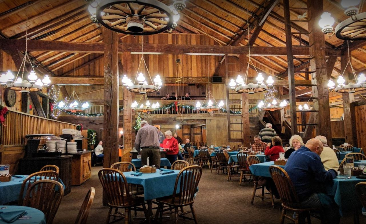 Valentines Day At The Barn Restaurant Destination Toledo