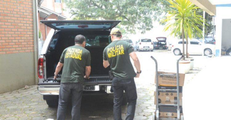 Propina e licitação direcionada são as acusações do MP contra ex-prefeito de Balneário Camboriú