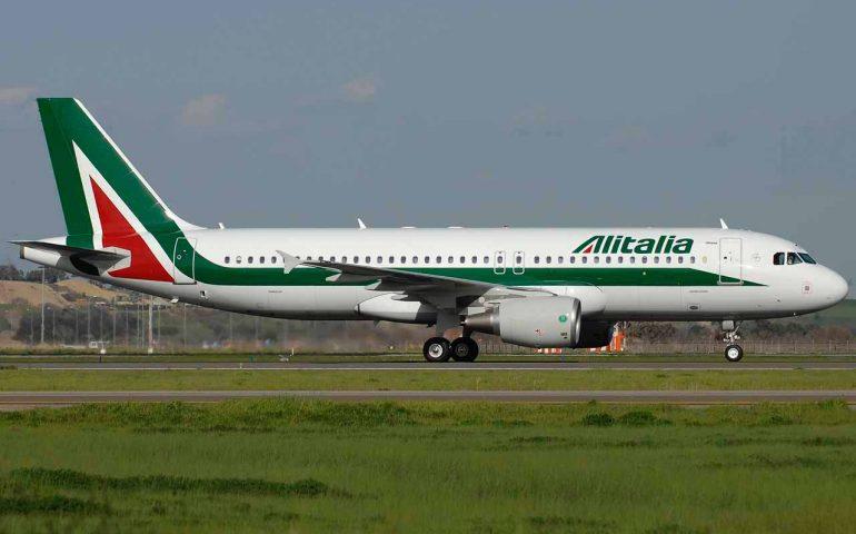 Contro esodo delle vacanze natalizie aumento dei voli da Cagliari e Alghero per Roma e Milano