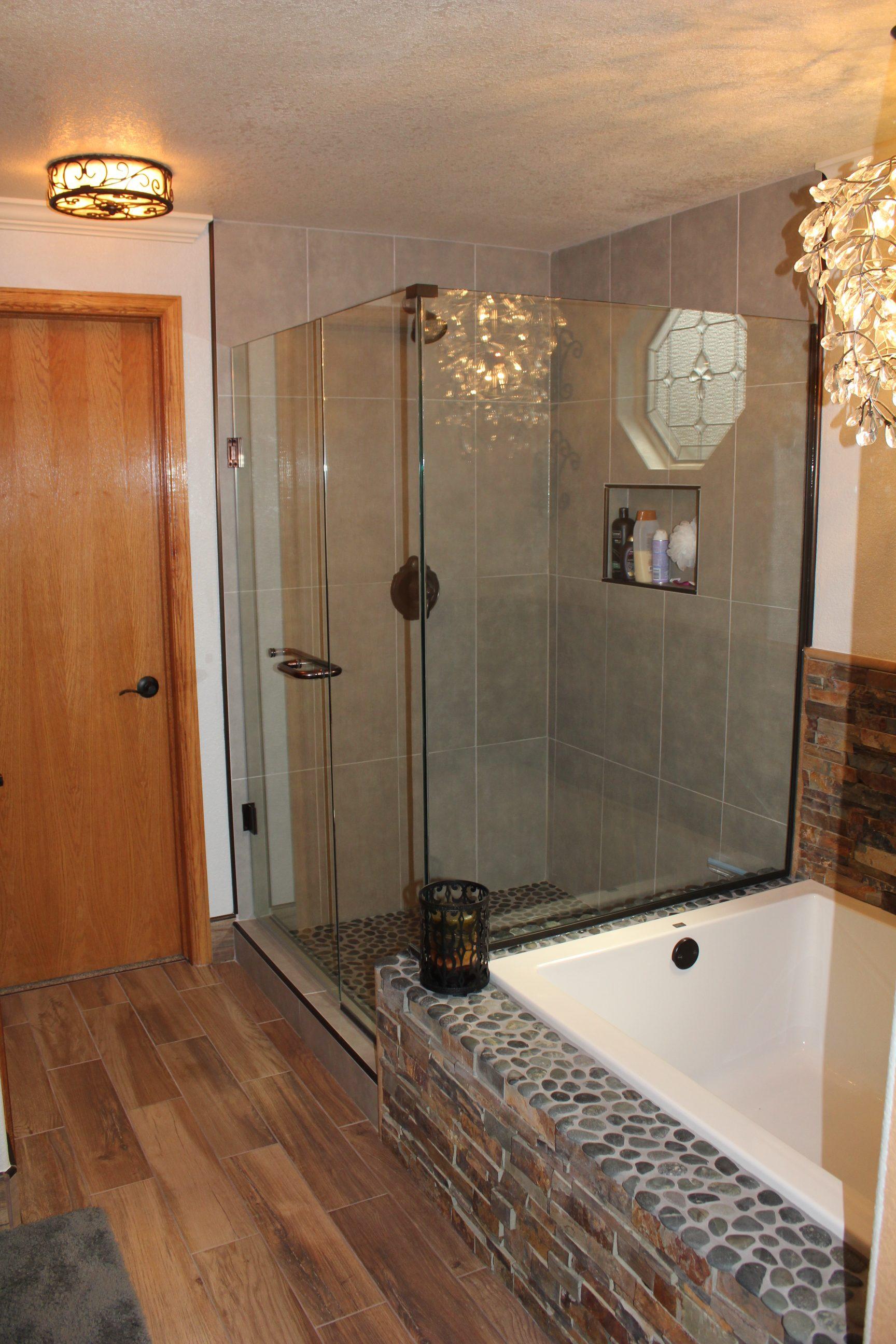 Small Master Bathroom Layout