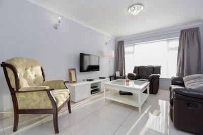 Clean And Bright Interior Photos