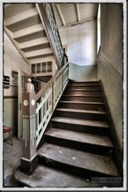 oldhouse-37_thumb.jpg