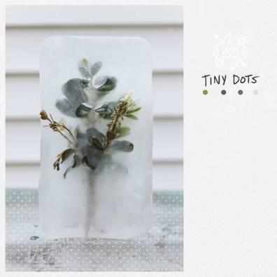 La Dispute - Tiny Dots. Chansons live extraites de leur DVD live Tiny Dots sorti en décembre 2015.