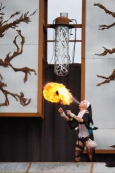 Au Hellfest les nonnes crachent le feu !