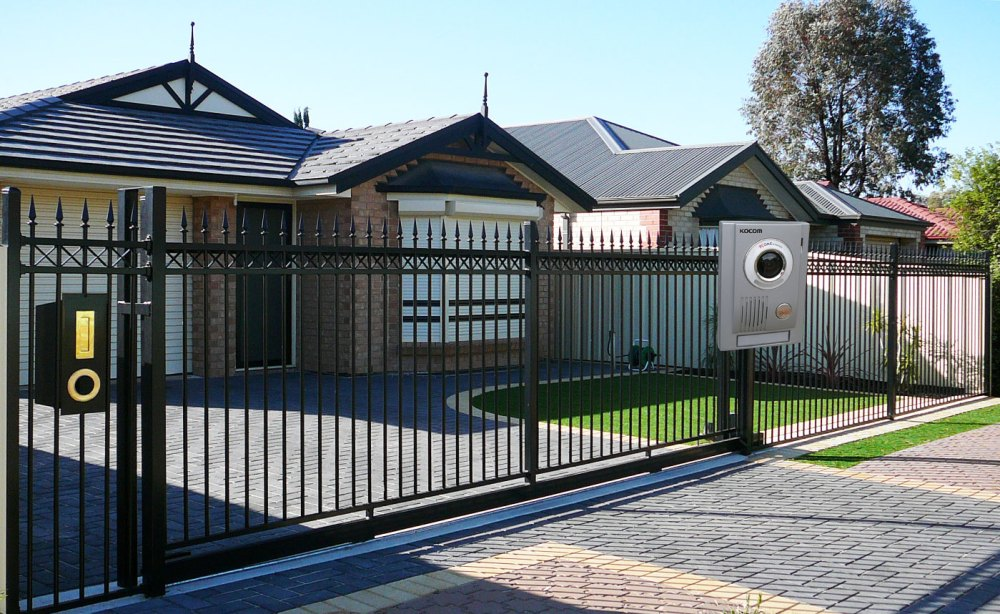 Tubular Fencing | Electric Gates | Landscaping And Fencing Adelaide
