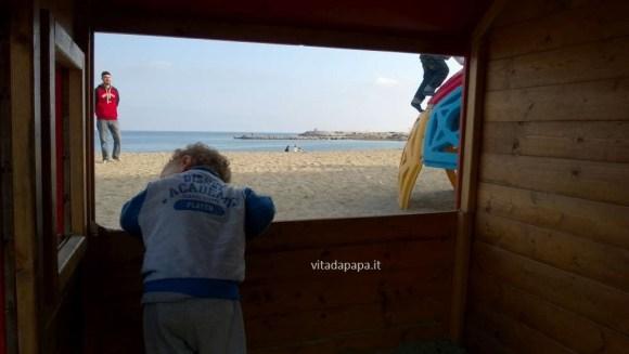 giochi bimbi spiaggia varazze