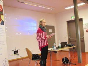 Info-veranstaltung-um-Welt-Schlaganfalltag-20192-Pflegenetzwerk-Frau Granezky