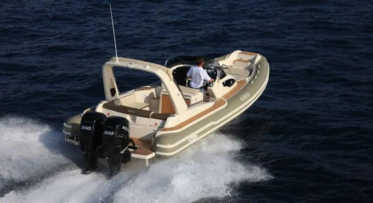 Gommone EMotion 29 XL Marco Vitale Marine Service Napoli