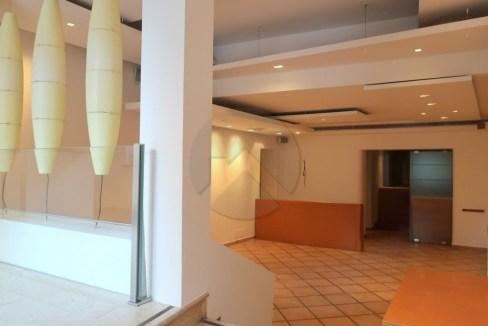 7431-affitto-cesena-centrostorico-attivitàcommerciale_-001.JPG