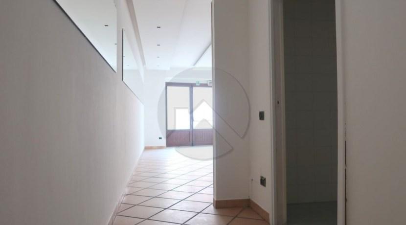 7431-affitto-cesena-centrostorico-attivitàcommerciale_-5.JPG