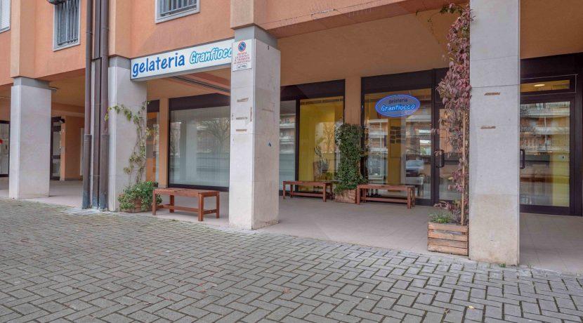 3493-vendita-smauro-gelateria_-2.jpg