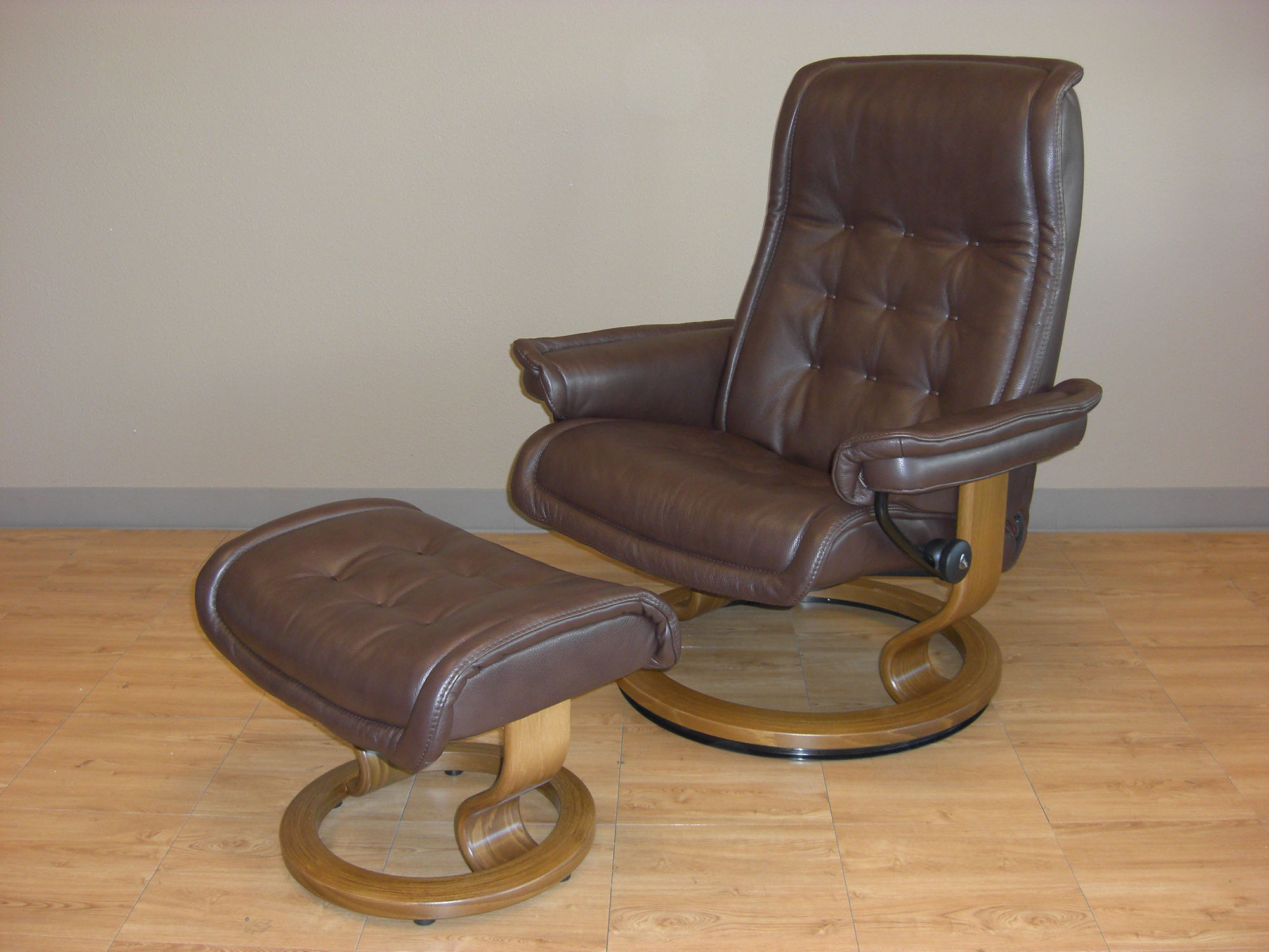 ekornes chair accessories covers images stressless royal royalin dark brown leather recliner