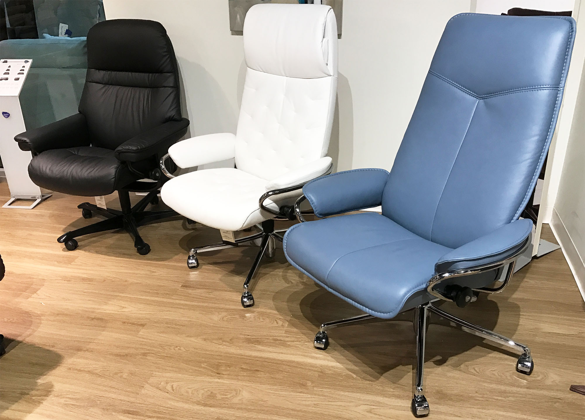 blue leather office chair cover rentals in baltimore maryland stressless city high back desk paloma