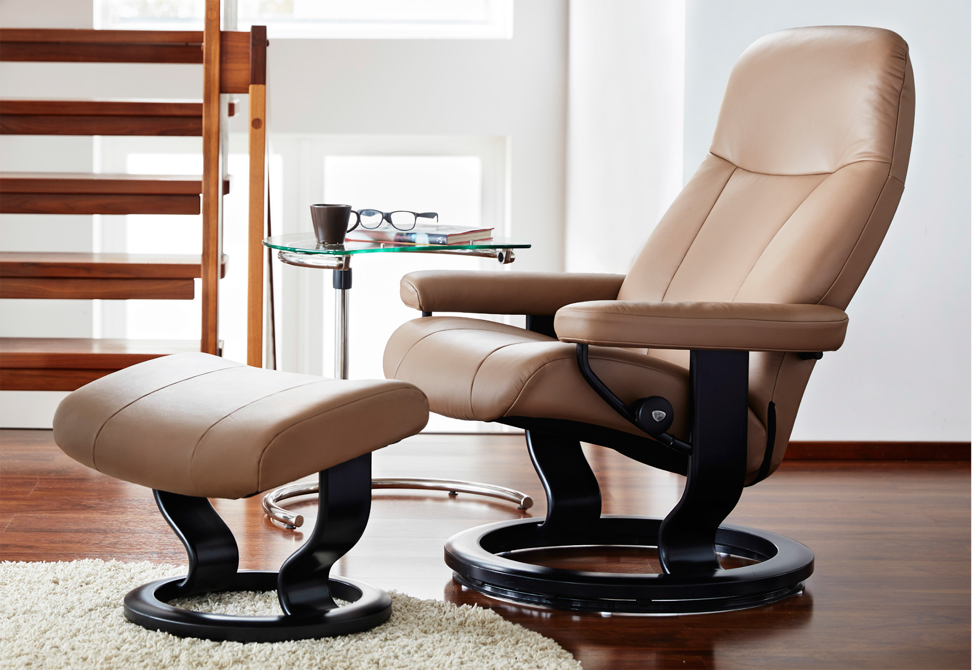 recliner chair with ottoman manufacturers high office stressless garda and by ekornes