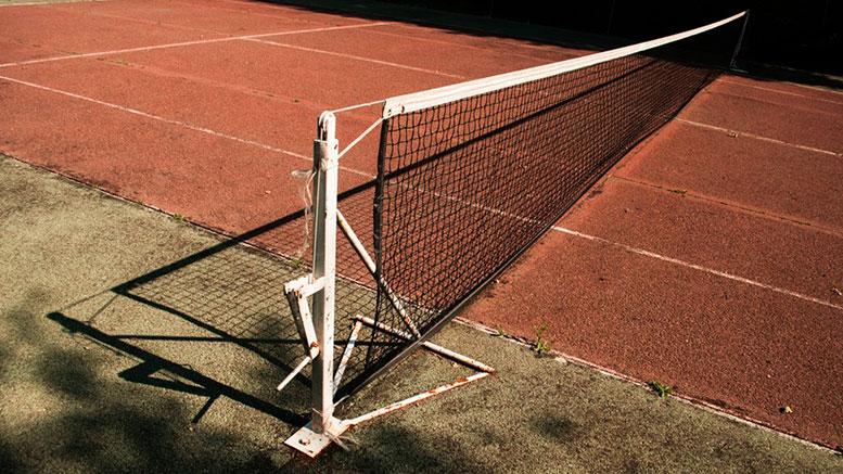 sport-tennis-old-net-large