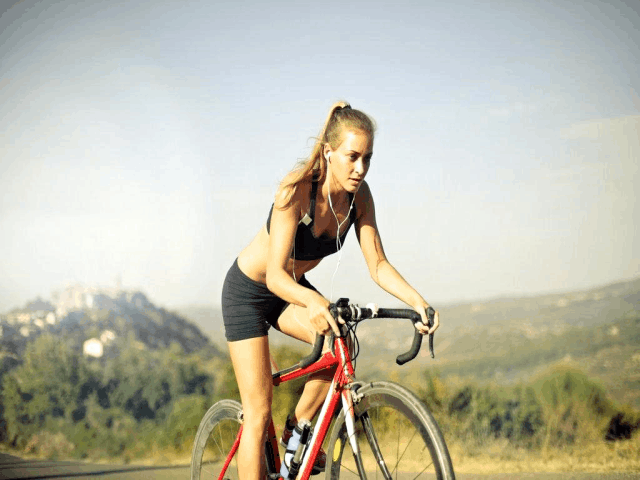 12 Amazing Physical And Mental Health Benefits Of Cycling