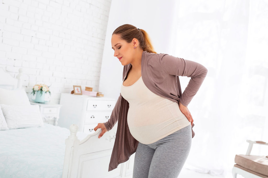Mal di schiena in gravidanza e relative posture sbagliate