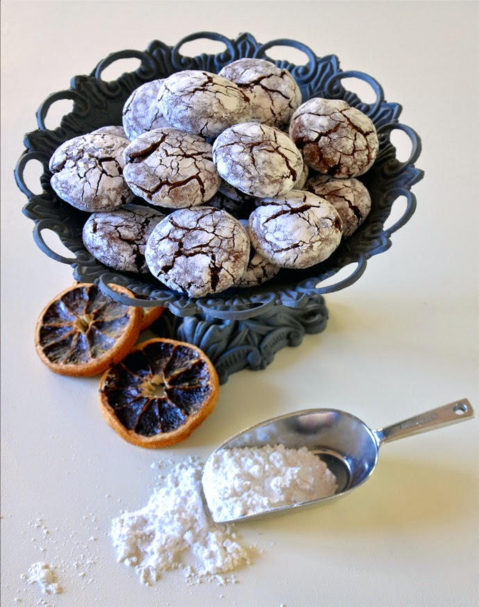 chocolate crinkle cookies arancia