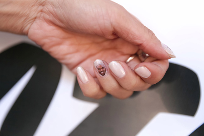 nail art kanye west