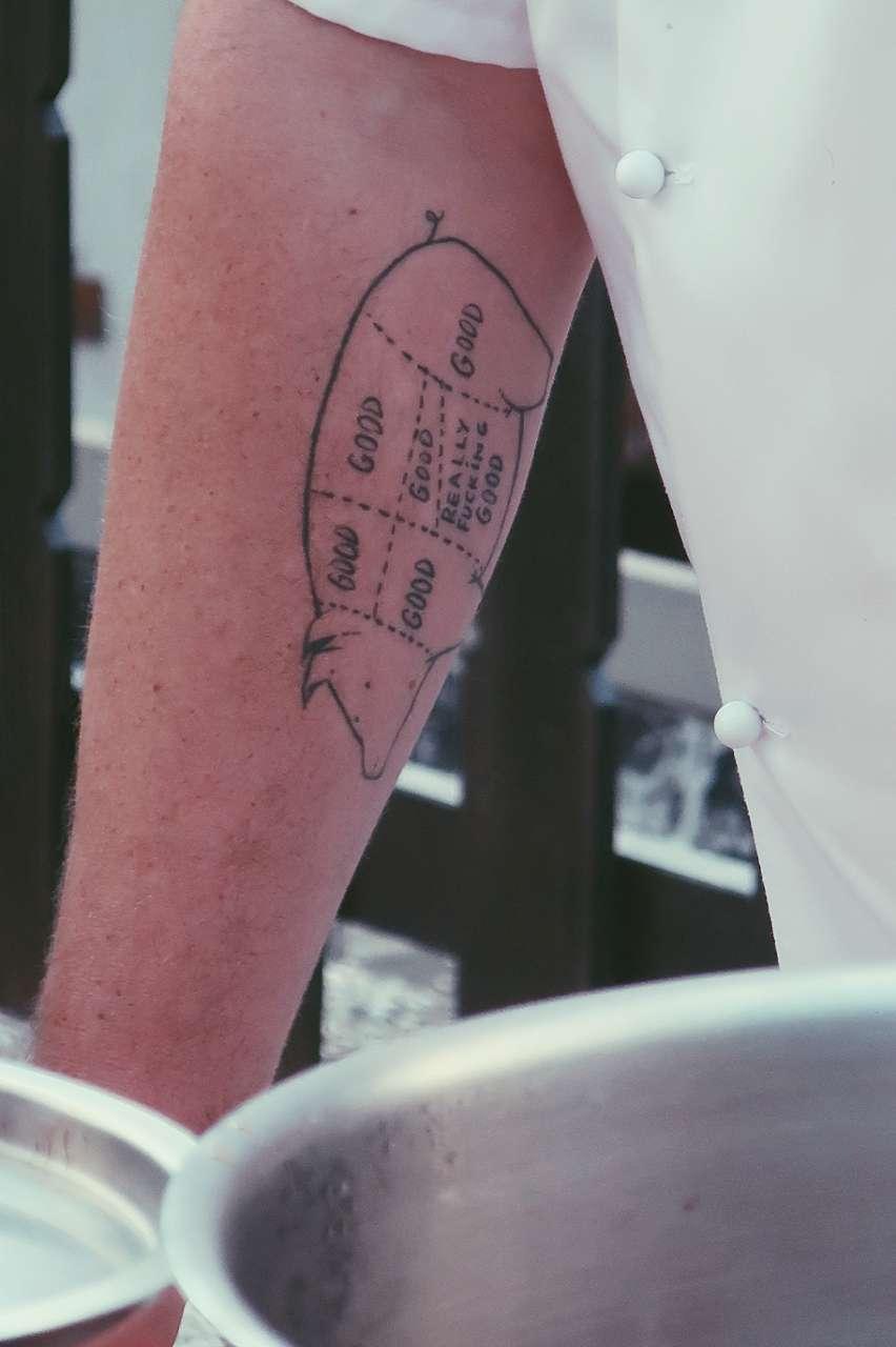 tatuaggio suino maiale