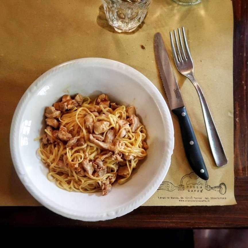 la cucina tipica piemontese delle piole di Torino