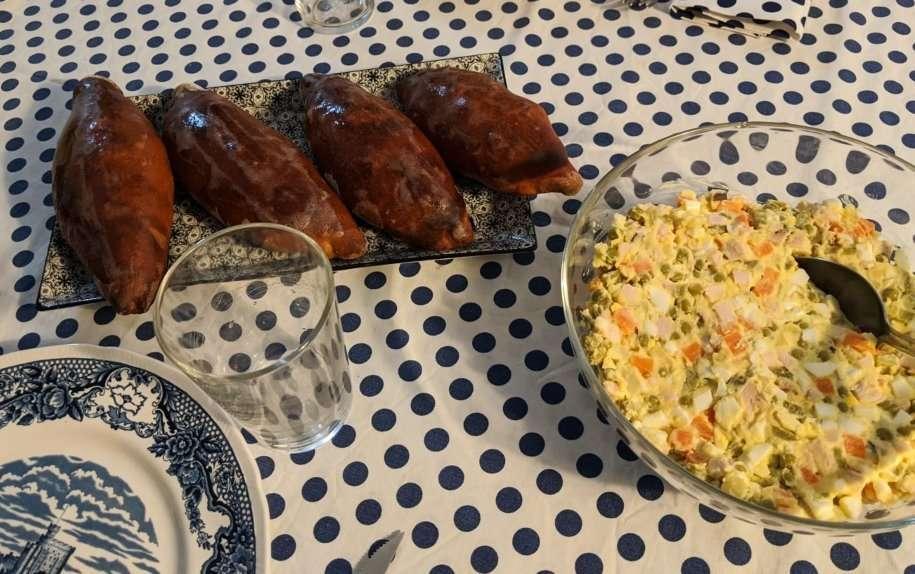 insalata russa classica con pirozhki