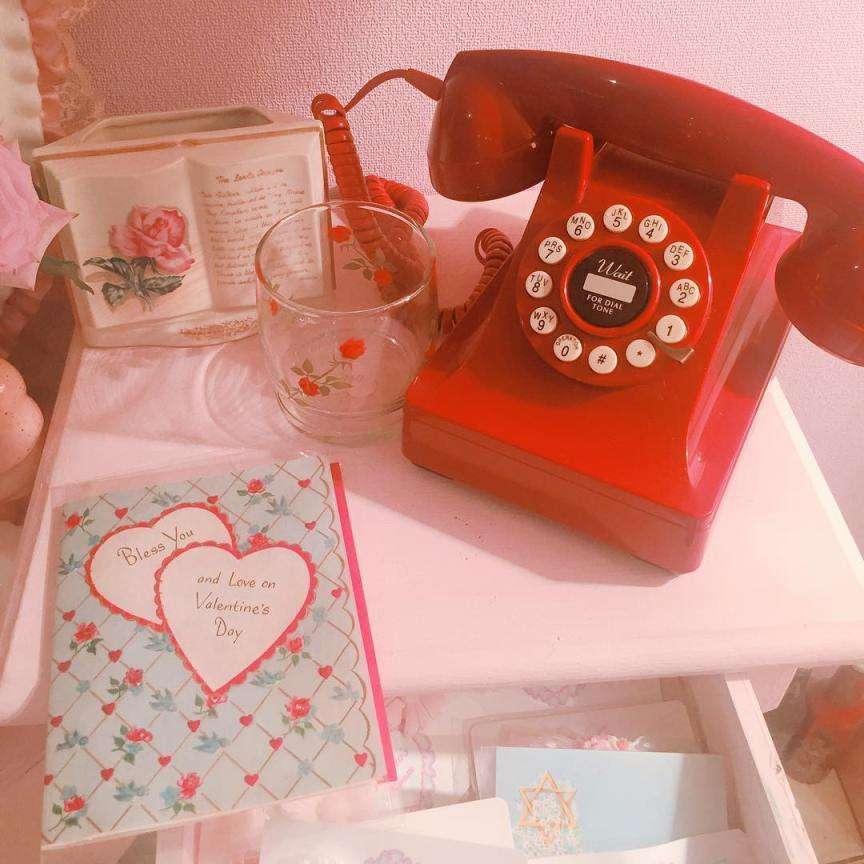 telefono rosso vintage