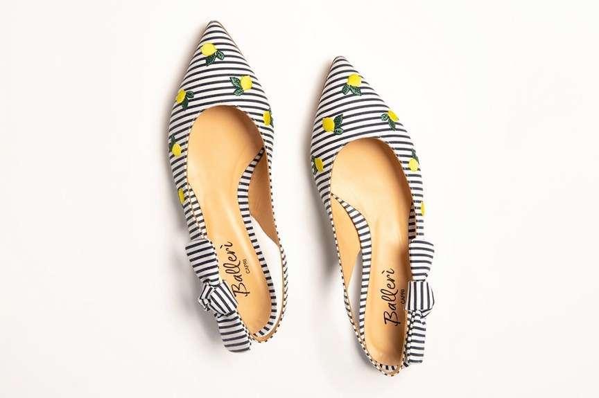 scarpe con righe e limoni