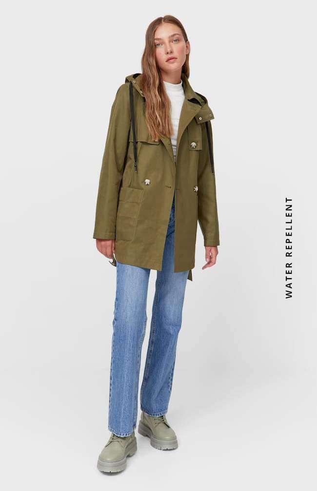 giacca verde impermeabile