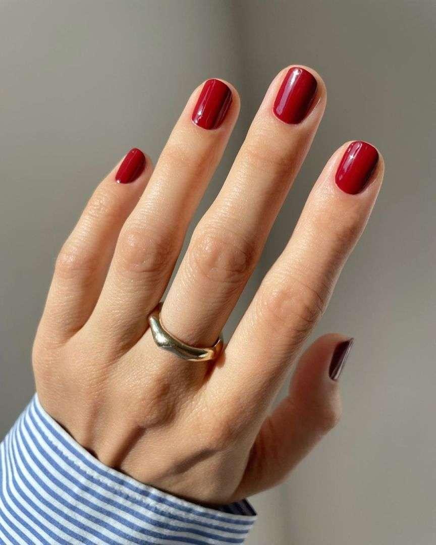 manicure bordeaux
