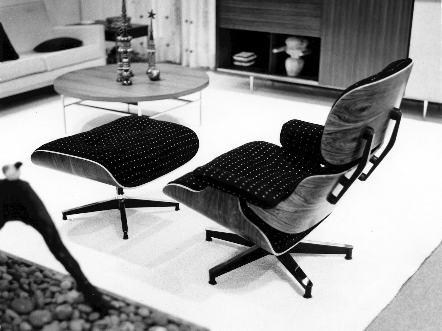 charles eames lounge chair teknion office vitra an in fabric really