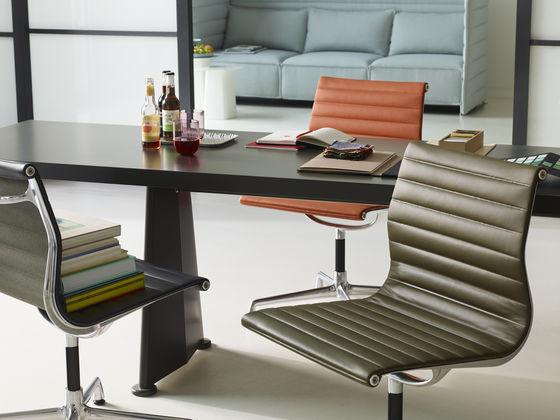 Vitra  Aluminium Chairs EA 117118119