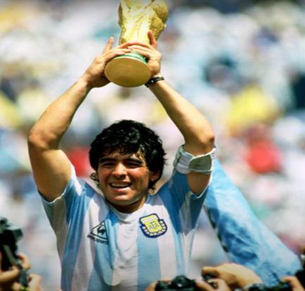 Dijego Maradona – magija oproštajnog meča 2001.